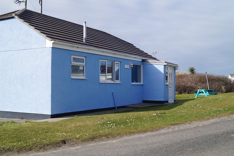 F13 Trefusis Holiday Home. Cosy chalet within a few minutes walk to the beach, alquiler vacacional en Hayle