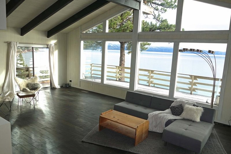 180 degree view of Lake Tahoe from living room