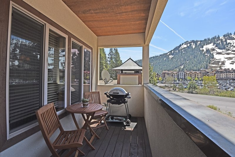 The top story condo, right across from Squaw Village!