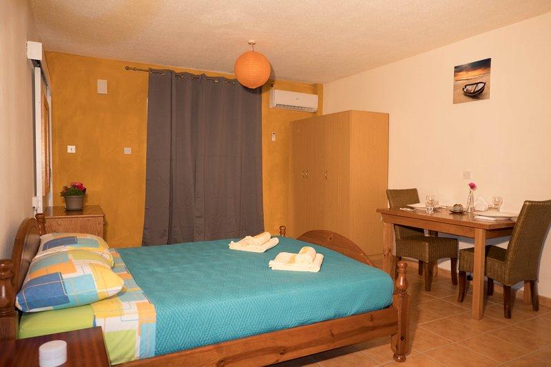 Fania Bliss Studio Apartment, vacation rental in Ayia Napa