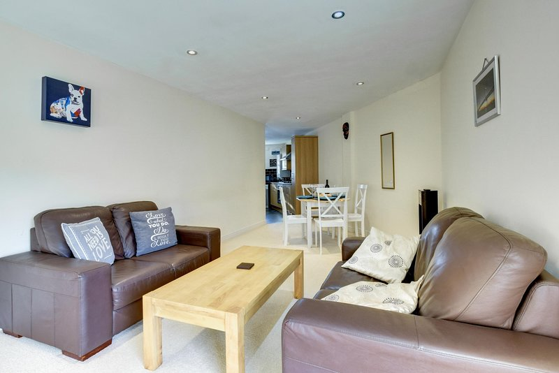 Yr Hen Orsaf 2 (Doyle) - located in the market town of Abergavenny: BOW14, holiday rental in Gilwern