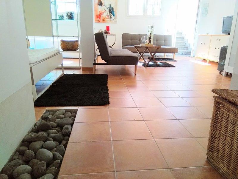 Très bel appartement. l lumineux, calme et moderne avec terrasse usage exclusif