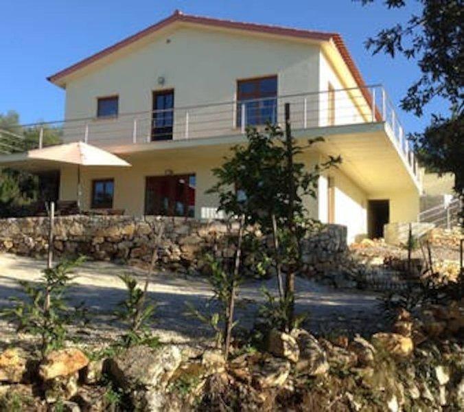 Casa do Zelo, alquiler vacacional en Penela