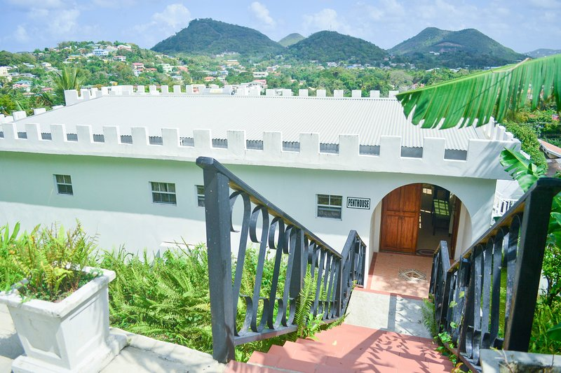 Top Of The World Penthouse, holiday rental in Castries