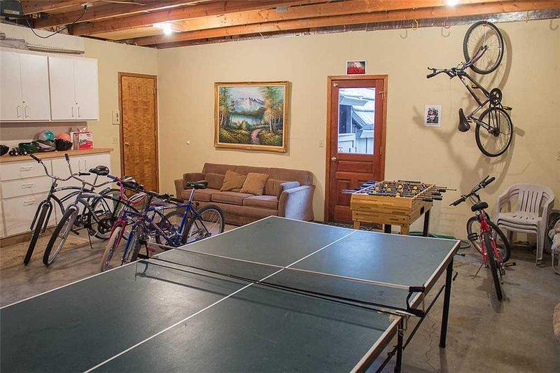 WEB-Sunriver Vacation Rental Irish Mt 8 Ping Pong