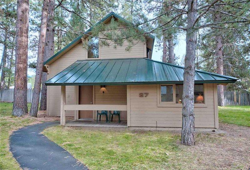 Sunriver-Urlaub-Rental_27-Ranch-Cabin_Exterior-Vorderseite