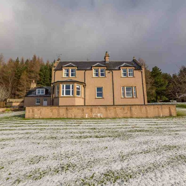 This Highland House offers substantial accommodation for groups