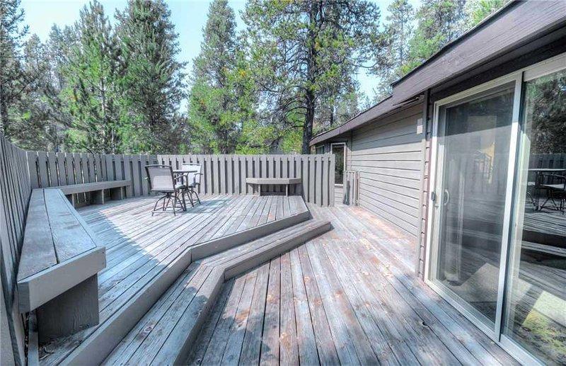 Sunriver-Urlaub-Rental_46-Poplar_Back-Deck-1