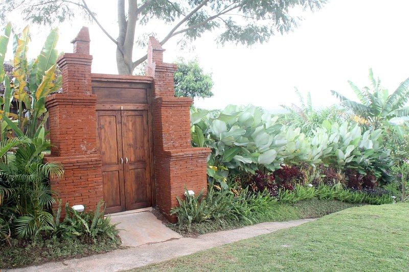 Entrance to the beautiful 'Joglo Exotico'