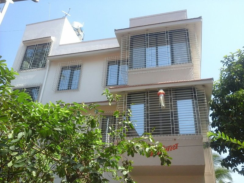 Kashinath Bunglow - A perfect getaway in the heart of Alibag, vacation rental in Kashid