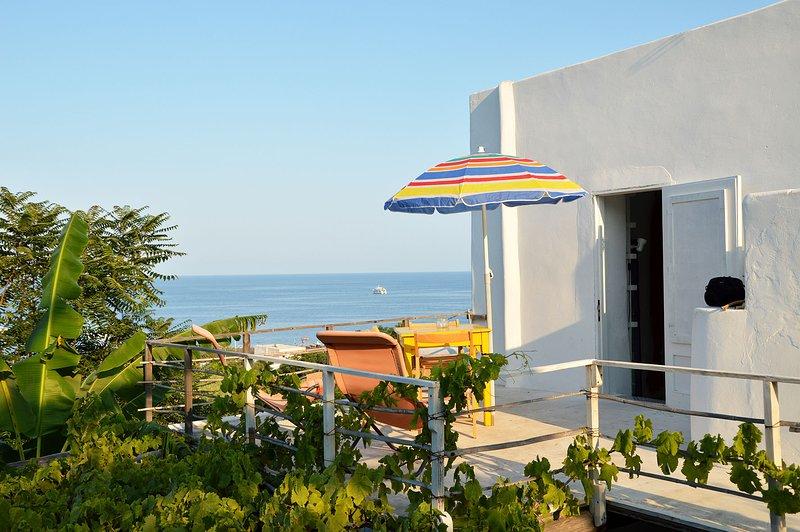 Romántico y confortable es ideal para vacaciones en parejas y aniversarios, con una vista impresionante.