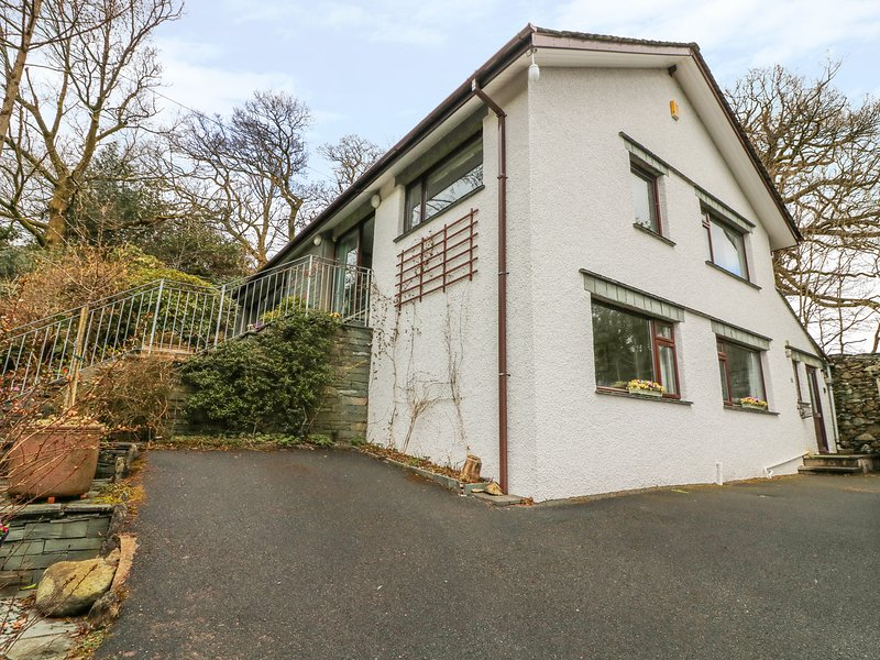 Long Crag Annex, Ambleside ground floor apartment, pet friendly, central. Lakes, vacation rental in Rydal