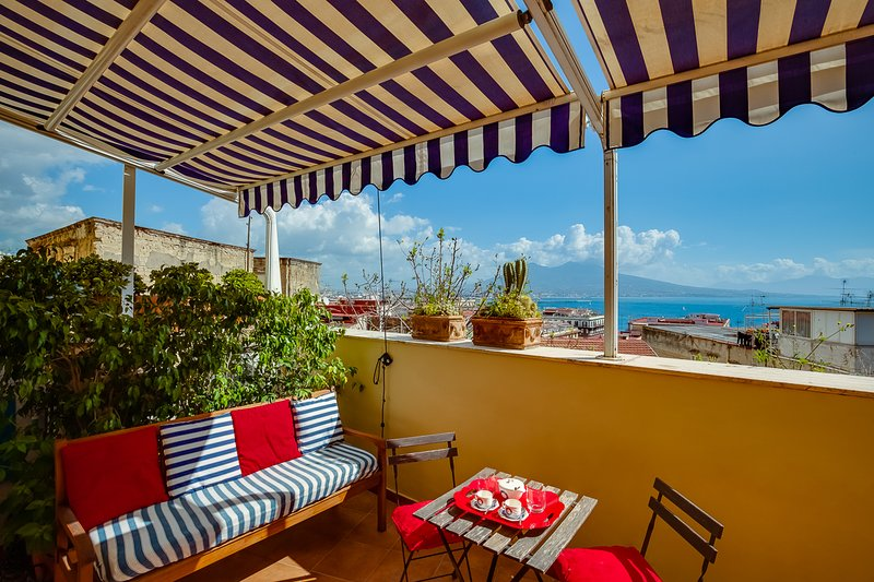 Loft da Sogno Marinaro 'Templars'f Home', holiday rental in Naples