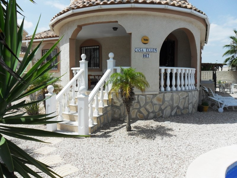 Ref C2 - 2 bedroom villa in Camposol with private pool, holiday rental in Camposol
