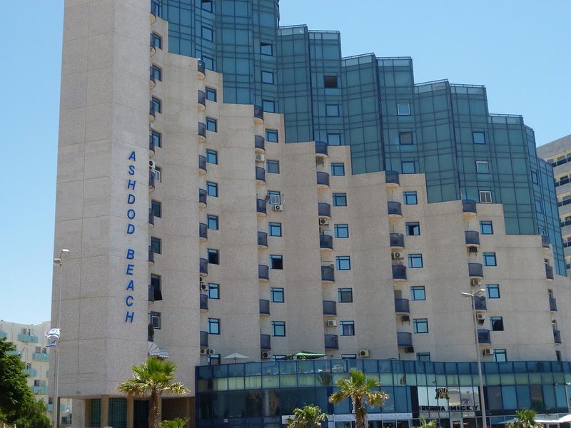 Maxus Ashdod Beach Hotel Apartments Sea View – semesterbostad i Zuqim
