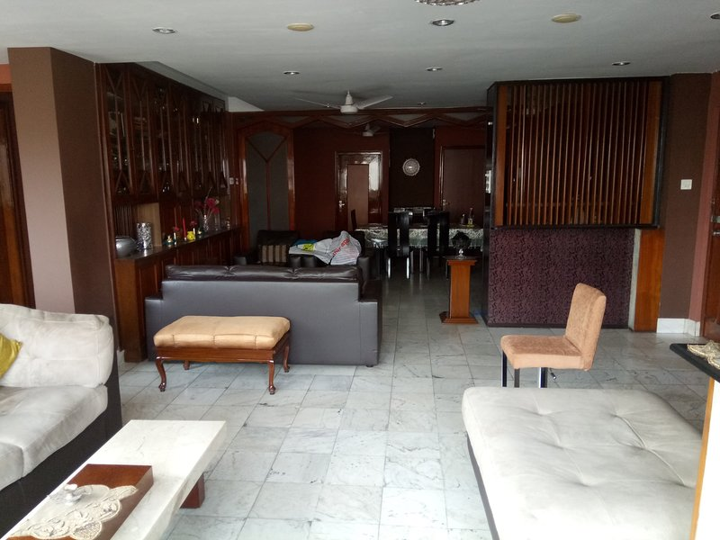 4 BHK Service Apartment, holiday rental in Kolkata (Calcutta)