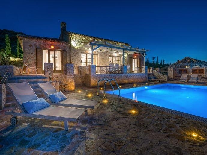 Villa Harmonia, location de vacances à Korithi