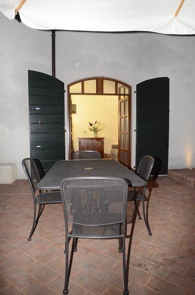 I BARBASSE: APPARTAMENTO IL VOLTO, vacation rental in Valeggio Sul Mincio