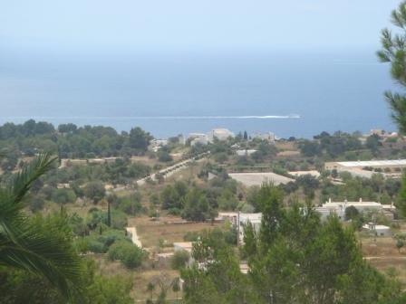 Superbe villa de 6 chambres plein sud vue sur mer et Formenterra piscine, jardin, aluguéis de temporada em Sant Josep
