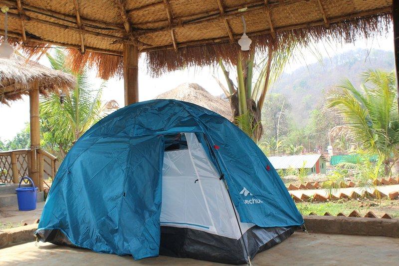 Sangam Homestay (2 seat Tent ) #8, vacation rental in Dandeli