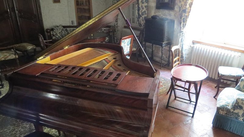 Erard piano on which great pianists played