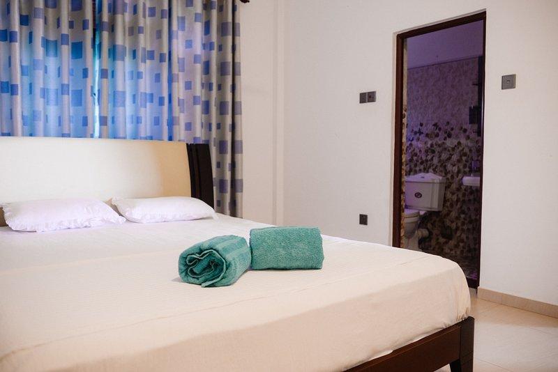 Calm Villa( Calm Garden 2 bed apartment), holiday rental in Rathgama