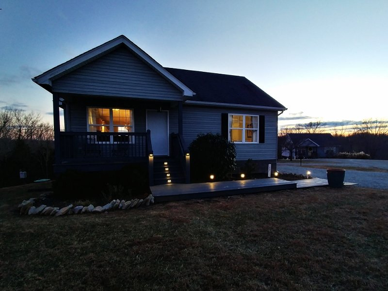 Four Seasons Cottage at dusk.