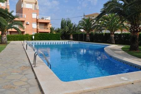 Beautiful apt with pool access, vacation rental in Els Poblets