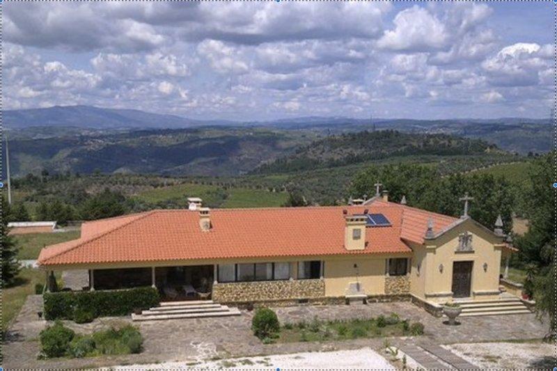 Casa da Raposeira (Apartment 6), Douro Valley, location de vacances à Casal de Loivos