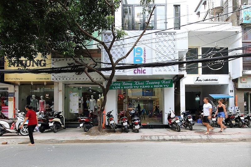 Frente a nuestro Hotel Apartamento 19B y manicura, ubicada en Le Thi Rieng 19B, Ben Thanh