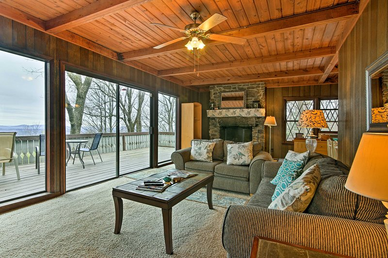 Get the most out of your Georgia getaway at 'Cedar Mountain Chalet!'