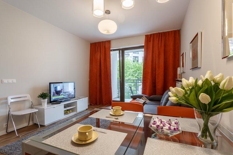 Apartment Orange, vacation rental in Warsaw