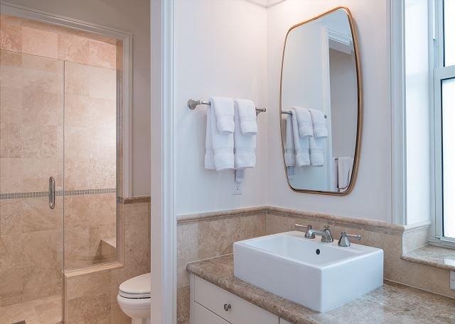 Tercer piso con baño principal Baño
