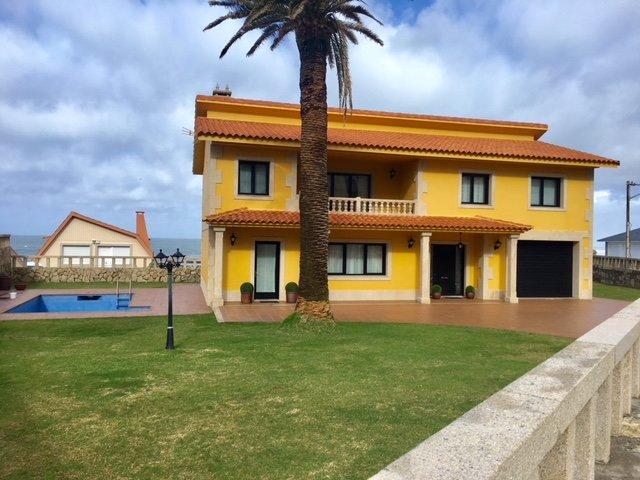 CASA JUNTO AL MAR, holiday rental in Viladesuso