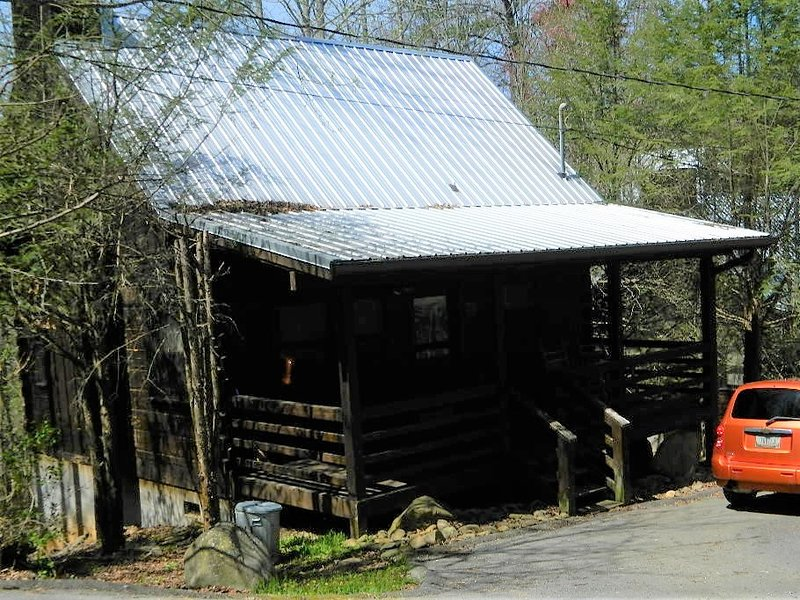 Gatlinburg Honeymoon Log Cabin Rentals, location de vacances à Gatlinburg