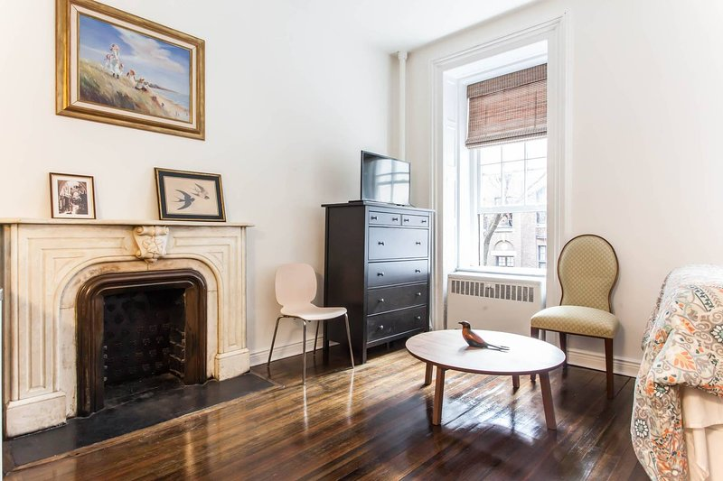 Clean and  Classy Central Park Studio, holiday rental in New York City