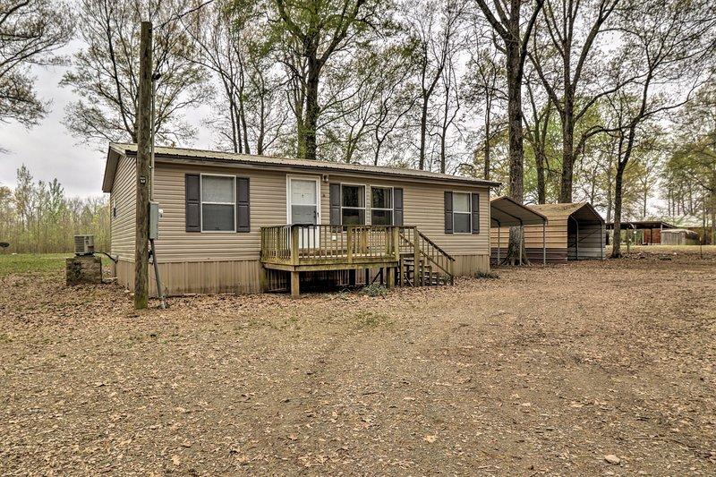 Planen Sie Ihre Arkansas Land Reise in dieses 3-Schlafzimmer, 2-Bad Ferienhaus zu Hause!