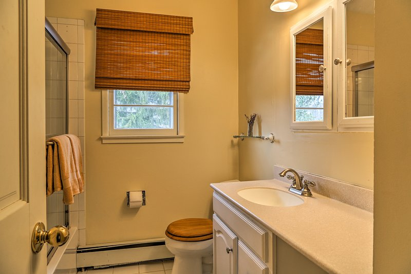 Rinse off the day in this bathroom's shower/tub combo.