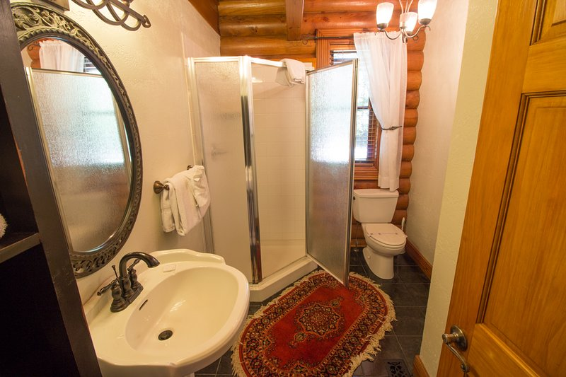 Cuarto de baño completo Seaforth en el nivel principal