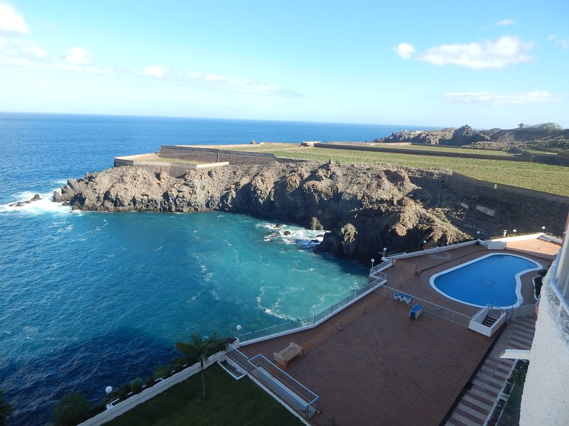 Amazing ocean views from the terrace of the study