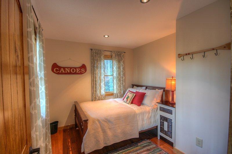 piano inferiore camera da letto completa
