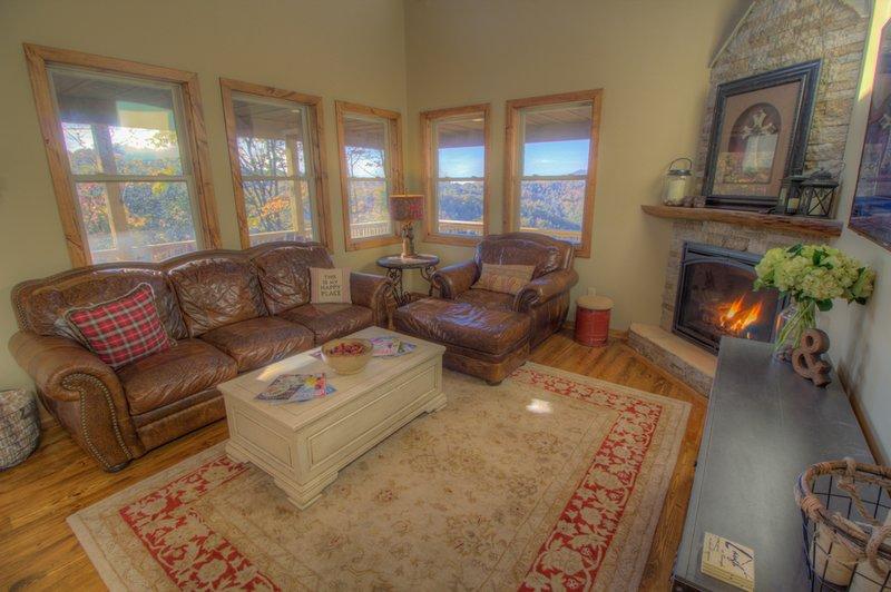 Skyland Cabin Great Room mit Gas Kamin und HD Smart TV