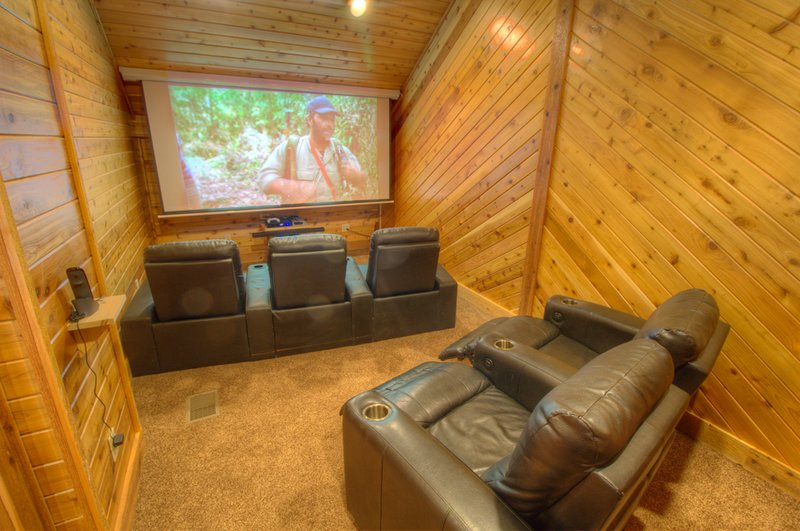 North View Lodge Movie Theater Room with xBox One and BluRay