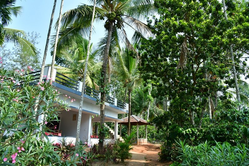 Holidayincoorg Nature's craft estate stay, vacation rental in Maragodu