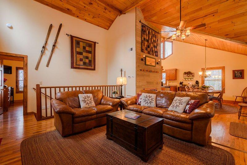 Muebles de cuero Breeze de los Apalaches y decoración auténtica