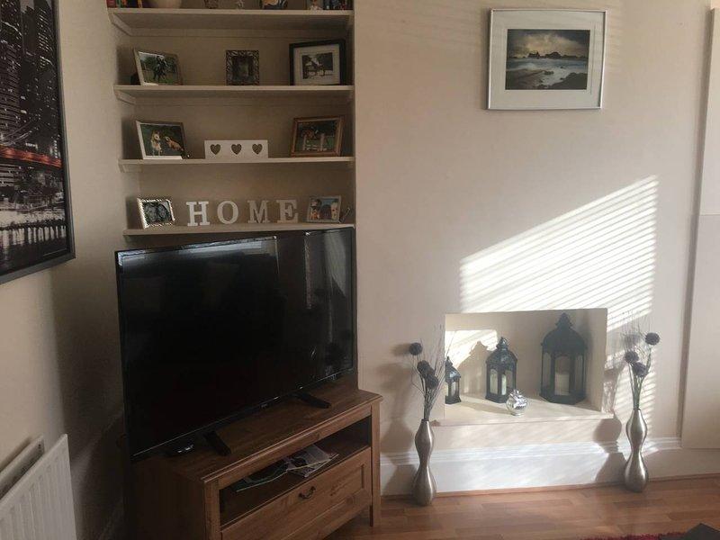 1 Bedroom gound floor flat witth private garden, alquiler vacacional en Ealing