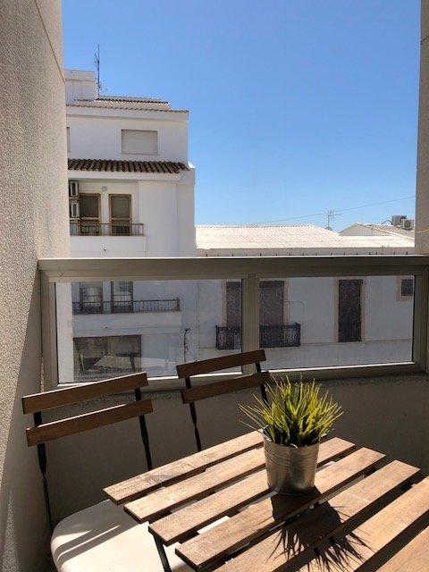 Relajarse en la terraza.