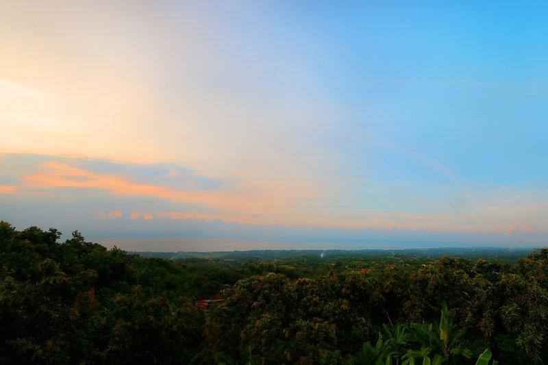 La villa ofrece impresionantes puestas de sol