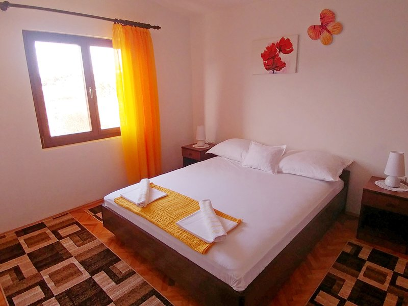 Apartmants Spavalo, holiday rental in Pag