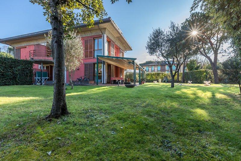 Villa Torre, holiday rental in Poveromo